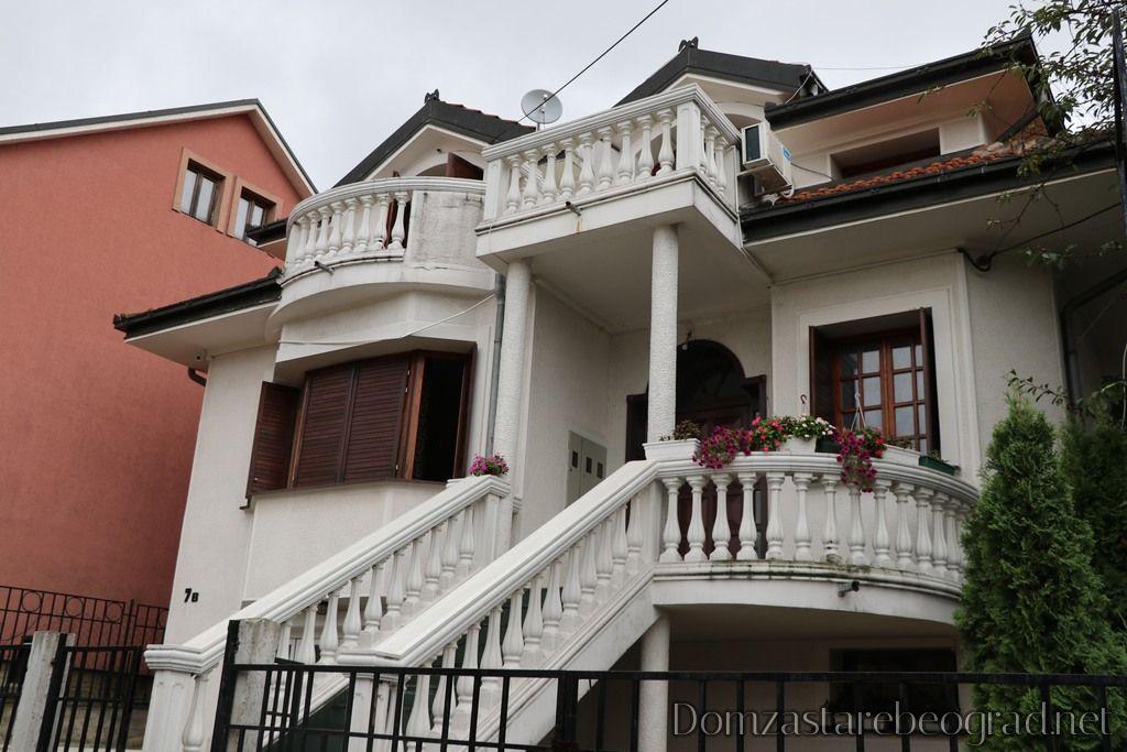 Dom za Stare Bakina i Dekina Priča Beograd